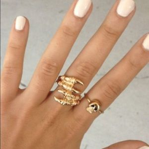 Sabo Skirt Claw Wrap Ring